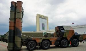 MISSILE LAUNCHER 5P85SU S-300PMU (NATO code SA-10 Grumble) chassis MAZ-543M 8x8  missiles 5V55R